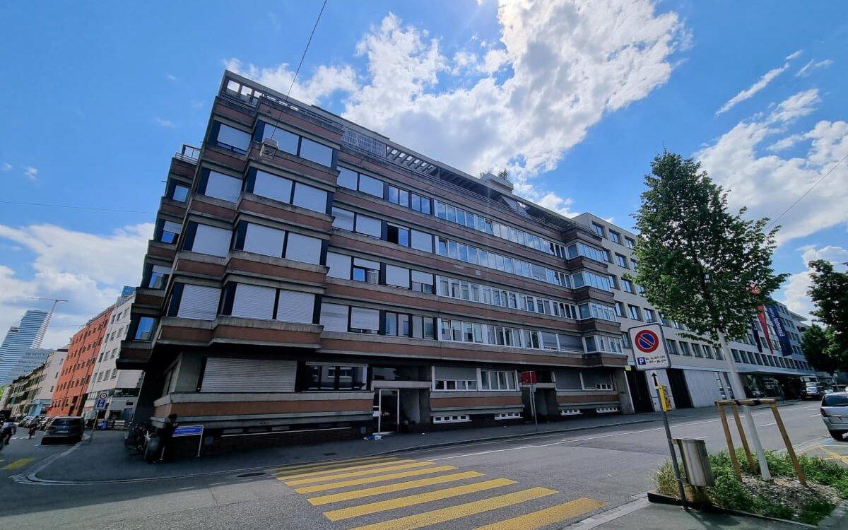Zentral gelegene Stadtwohnung, Basel Heiri Architektur + Immobilien AG - Grenchen, Solothurn